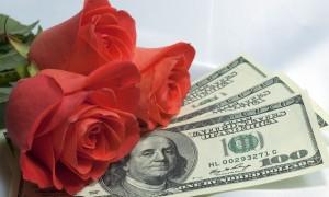 Лучший свадебный подарок - купюры
