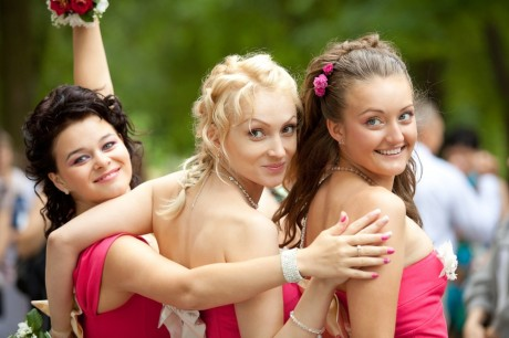 Выбрать аксессуары для подружек невесты