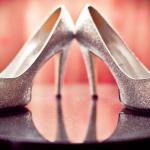 А эти серебристые свадебные туфельки подойдут каждой невесте