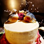 Птички отлично смотрятся на свадебном десерте