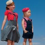 Одинаковые шляпки разных цветов подойдут для любого возраста