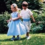 Детей на свадьбу можно одеть в одной цветовой гамме