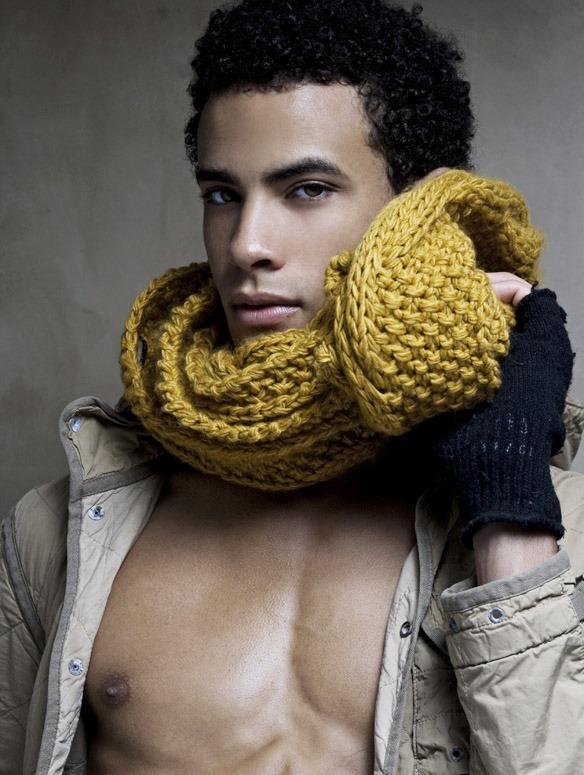 Модной фишкой сезона 2012