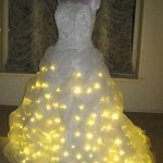 Еще одна модель свадебного платья - из 24 тысяч лампочек