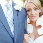 Жених на такой оригинально оформленной свадьбе тоже обязан выглядеть на высоте