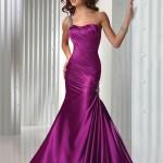 Не только невеста может побаловать себя красивым  модным нарядом