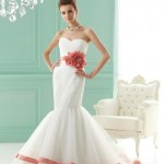 Классический свадебный наряд всегда в моде