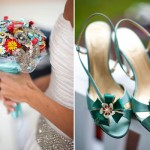 Брошь на обуви невесты и букет из драгоценностей - свадебные фишки