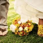 Букет сочетает оттенки обуви и жениха, и невесты