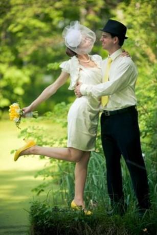 Жених-и-невеста на свадьбе