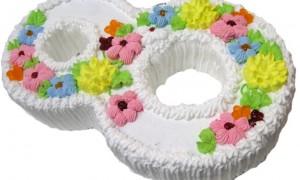 Свадебный торт на 8 Марта