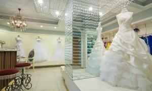 Свадебный салон, кому отдаться