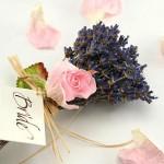 Аромат лаванды и розы для весенней невесты