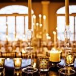 Свечи - идеальное решение для банкетного стола