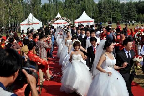 Массовые свадьбы в Пекине