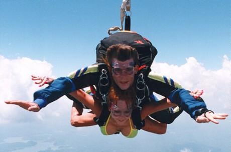 Парный прыжок с парашютом на ДРОПЗОНЕ ЧАЙКА