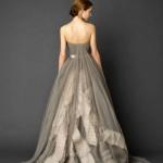 Такого необычного платья ты еще не видела