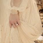 Легкое платье с длинным рукавом