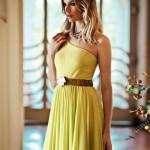 Нежно-лимонный цвет для красивой свидетельницы
