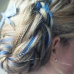 Вплети в косу голубую ленту для изыска