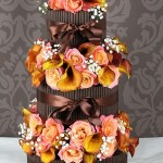 Шоколад и цветы - чего еще желать на свадьбе?