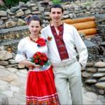 Светлые брюки на свадьбу, вместо тяжелых шаровар