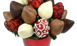 В этом свадебном букете фрукты, облитые шоколадом