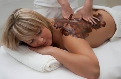 Шоколадный массаж для невесты