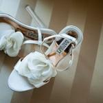 Цветы для босоножек невесты