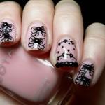 Особая роспись на своих ногтях