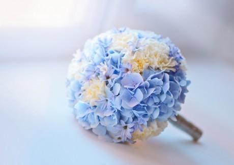 Уметь сочетать цветы и цвета