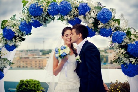 Цветочная свадебная церемония