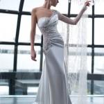 Роскошь фигуры невесты
