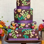 Яркий торт и огромное количество шоколада