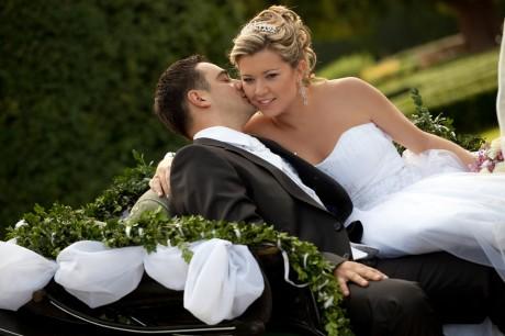 Конный экипаж для свадьбы
