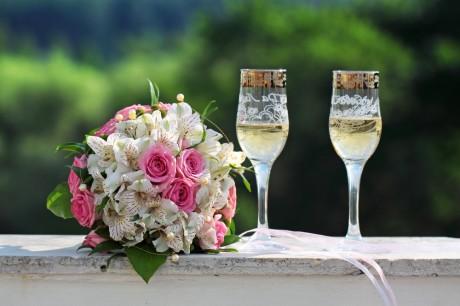 Свадебные аксессуары для молодоженов
