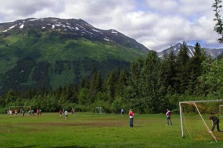 Отправляйтесь играть в футбол