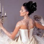 Белоснежный рисунок великолепно украсил спину, шею и руки невесты