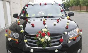 Украсим свадебный кортеж живыми цветами
