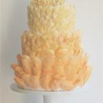 Персиковые оттенки для свадебного торта