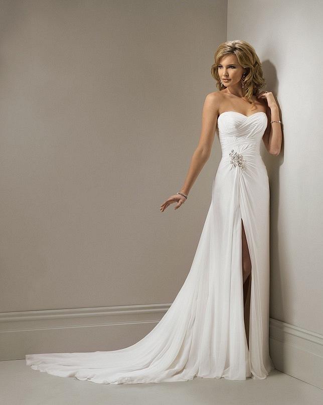 Свадебное платье с разрезом для соблазнительных невест