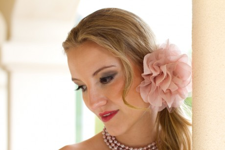 Свадебная флористика и прическа невесты