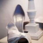 Белоснежные босоножки для невесты