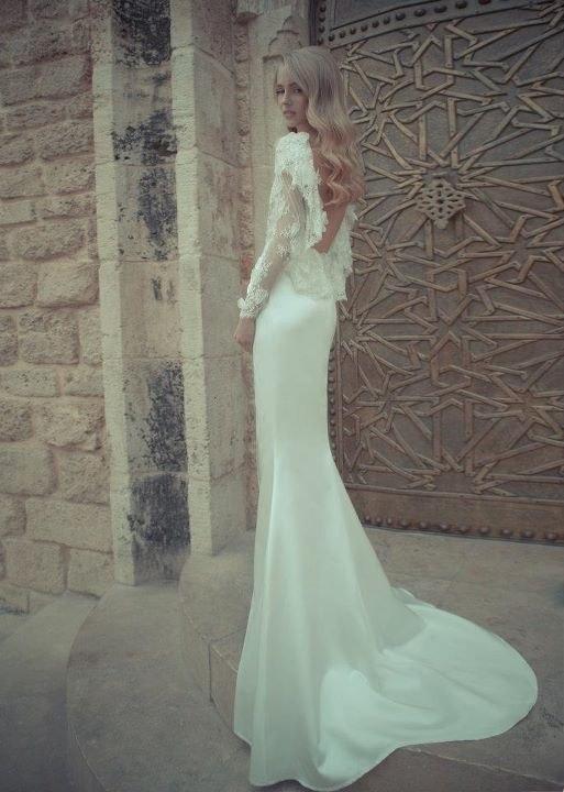В этой галерее свадебный портал nashasvadba.net предлагает молодоженам полюбоваться на новую потрясающую свадебную коллекцию от израильского модного бренда