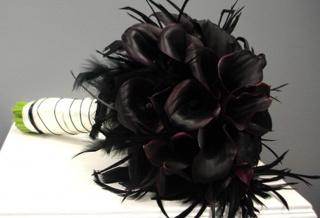Свадебные букеты с черными цветами