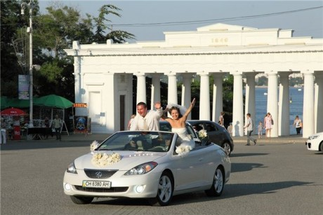Свадебный кортеж - кабриолет