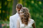 romantic-spring-wedding-outdoor-venue-all-down-wedding-hairstyle__full-carousel