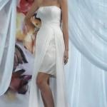 Свадебное платье без бретелек, открытое декольте