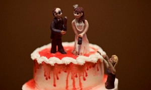 chilling-bride-and-groom-wedding-cake-topper__full