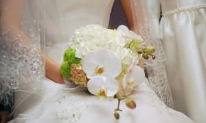 Шикарные белые орхидеи на свадьбу
